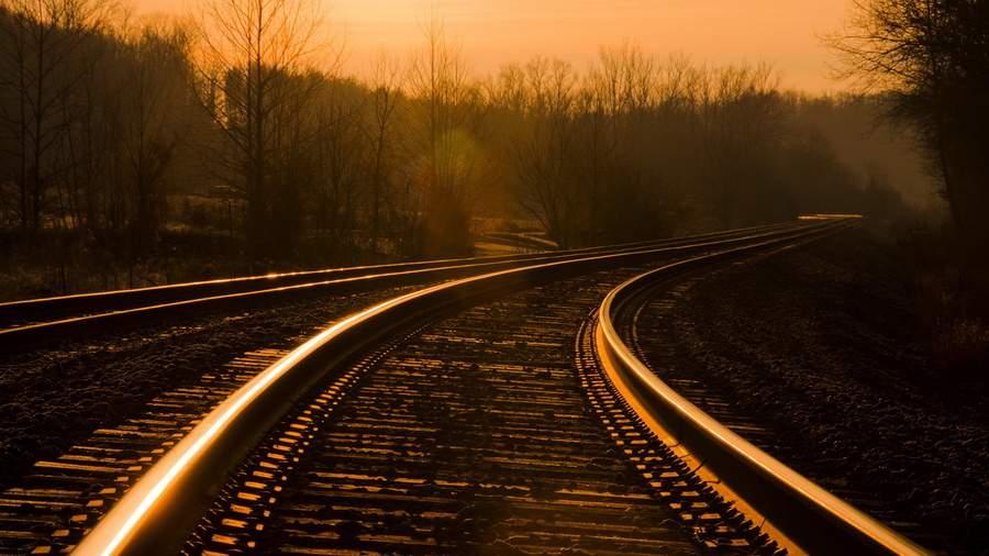 Снится Железная дорога