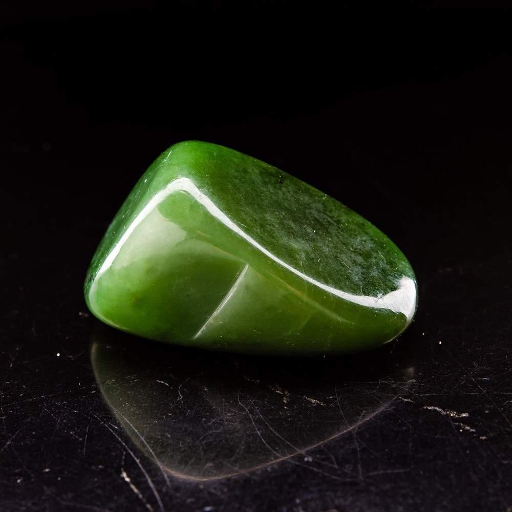 Камень талисман Девы, Нефрит
