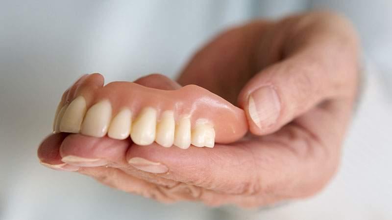 Снится Зубной протез