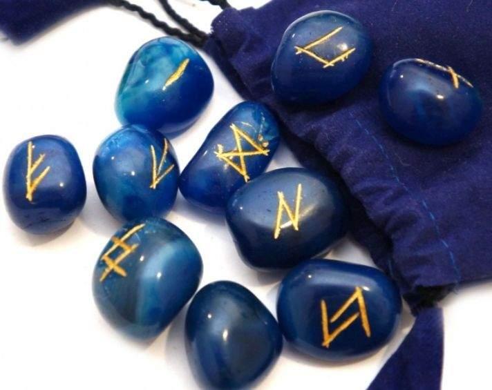 Камни руны