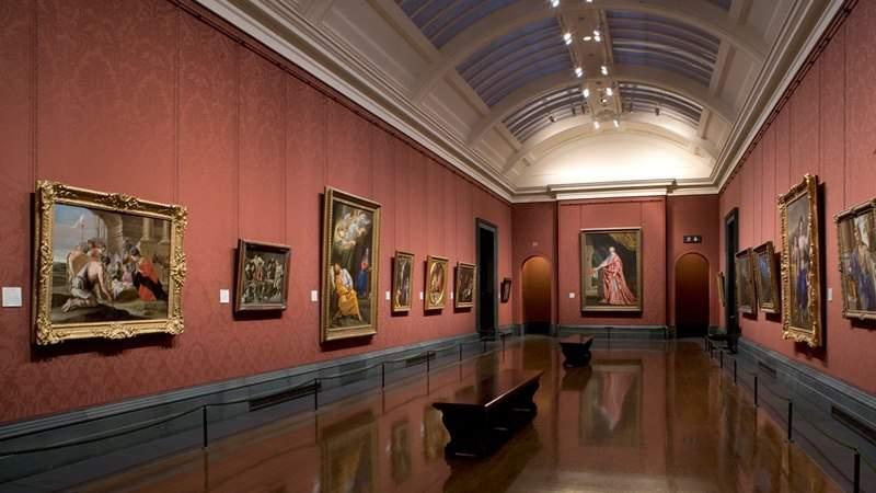 Снится Картинная галерея