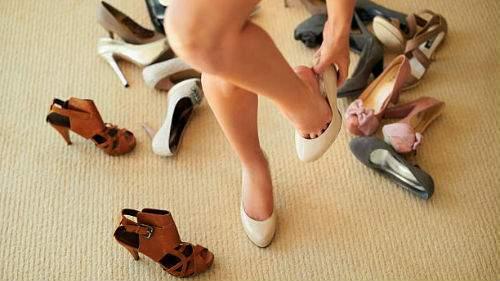 Мерить туфли толкование сонника