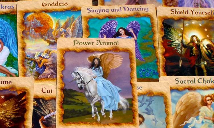 Онлайн-гадание «Совет архангела Михаила» на картах ангелов Дорин Верче