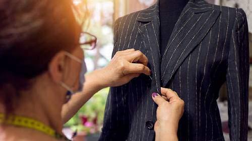 к чему снится шить платье