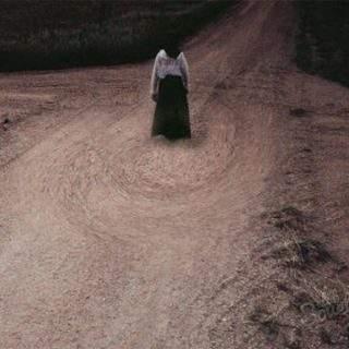 На перекрёстках ночью можно было встретить ведьм. нечисть или неупокоенные души.